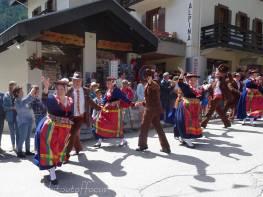 11 Evolène dancers I