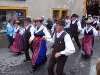 26 Local dancers