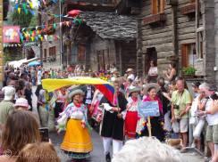 32 Chimbarazo performers, Ecuador