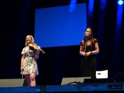 5 Violinist and singer