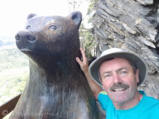 9 Selfie with the Bear
