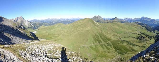 12 Panoramic view above Tungelpass
