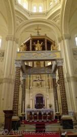 11 Ta Pinu Basilica altar