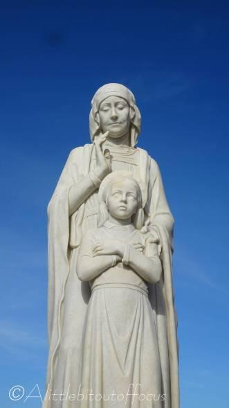 20 Ta Pinu statue