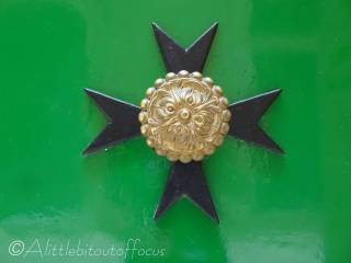 33 Maltese Cross door knocker