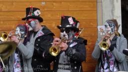12 Trumpeters