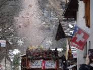 18 Confetti explosion