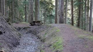 26 Picnic bench