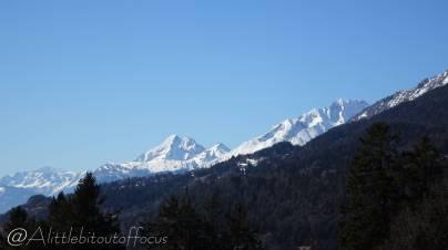 30 Snowy peaks