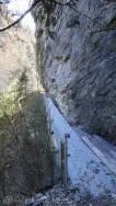 32 Narrow path