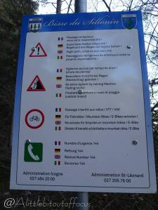 38 Warning sign