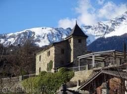 56 Castel d'Uvrier