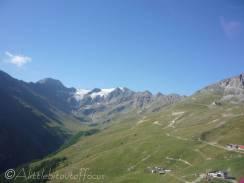 6 Mont d l'Etoile (L) and Vouasson glacier