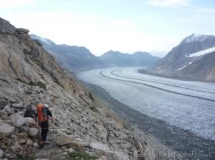 1 Descending to the Aletsch glacier