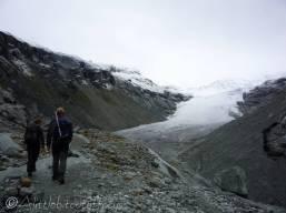 3 Approcahing the Ferpècle Glacier